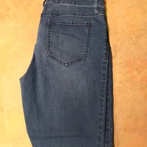 Old Navy super skinny mid rise jean